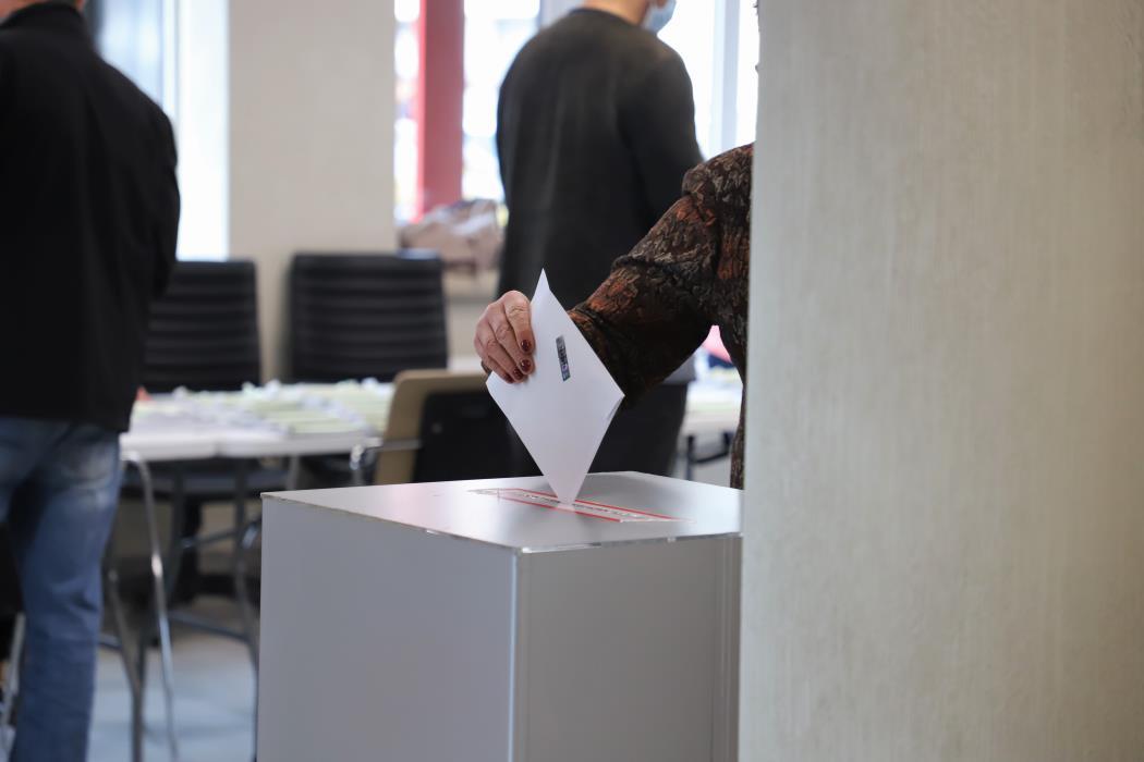 balsavimas kuris narys liaudies priemone siekiant padidinti nario