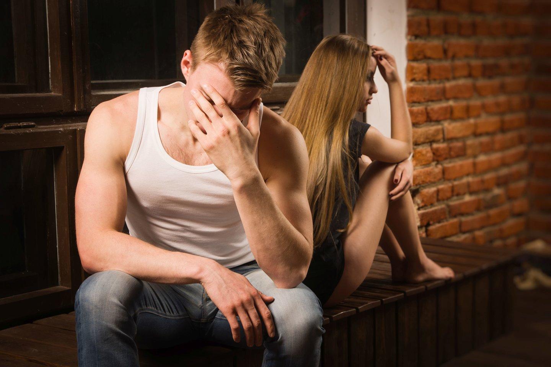nepakankama erekcija lytinio akto metu varpos ant dirželio